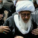 اهتمام به عزاداری   میرزای شیرازی بزرگ پا برهنه در میان عزاداران!